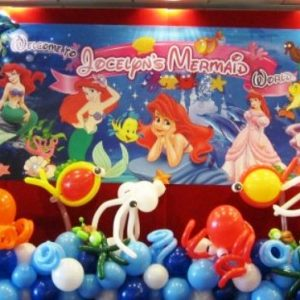 themed balloon decorations