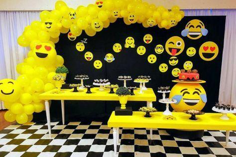 Smiley Birthday Decoration